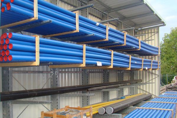 Aussenlager blaue Rohre